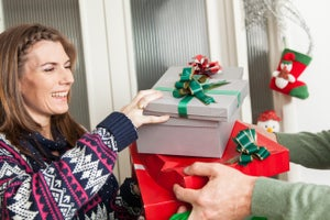 OMG! Less Than a Week Until Christmas! 4 Ways to Find the Perfect Gift for a Relative Stranger.