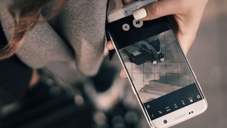 26 Apps to Help You Create Epic Social Media Content on Your Smartphone