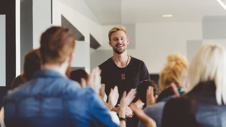 3 Ways to Use Emotional Storytelling in Your Next Sales Presentation