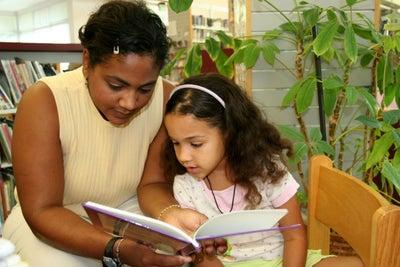 Lanza un negocio de cuentos personalizados para niños