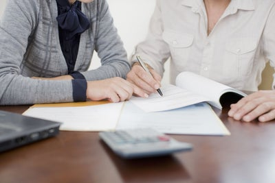 What Entrepreneurs With Bad Credit Need to Know Before Applying to Get...