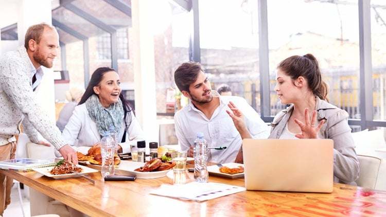 Let's Do Lunch: 4 Reasons You Should Sit and Eat With Your Employees