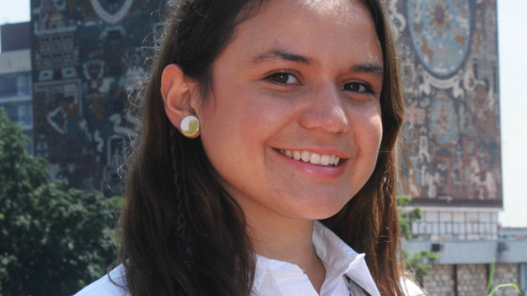 Joven mexicana se inspiró en Star Trek para diseñar helicóptero de la NASA