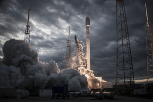 10 Amazing Facts About Elon Musk's SpaceX