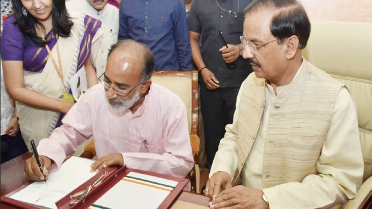 Why this Bureaucrat-turned-politician from Kerala was Handpicked for Modi's Cabinet