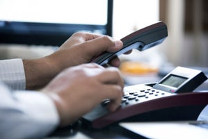3 Strategies for Closing Sales Without Picking Up the Phone