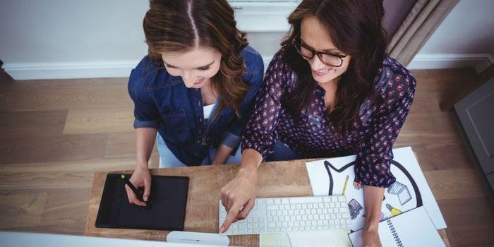 Aptitudes que vuelven poderosas a las mujeres emprendedoras