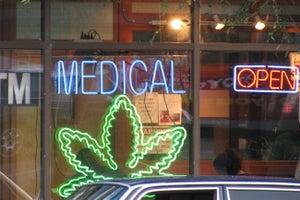 Survey: A Quarter of Cancer Patients Use Legal Medical Marijuana.