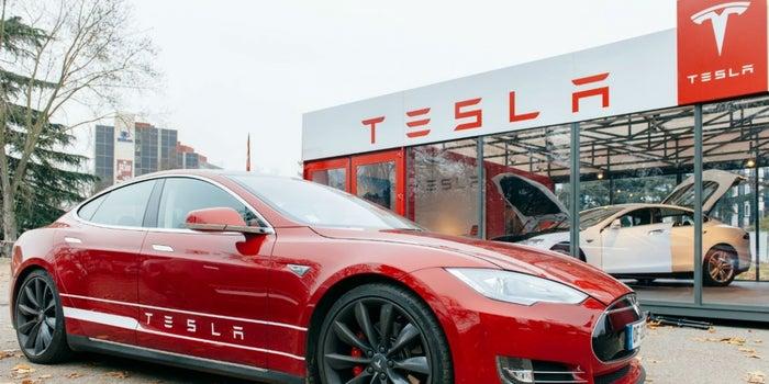 Tesla no logra cumplir con las expectativas con el Modelo 3