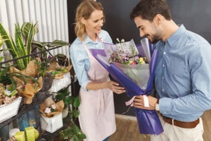 Qué es el marketing de relaciones (y cómo puedes enamorar a tus clientes con él)