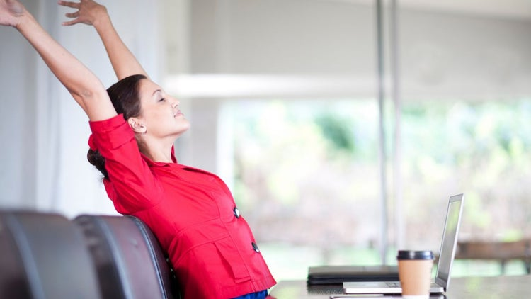 4 Exercises Entrepreneurs too Busy for Fitness Can Do at Work
