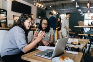10 Side Hustles Ideal for Millennials Who Want to Start a Business Quickly and Cheaply