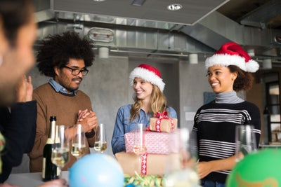 11 Gift Ideas Perfect for Co-Workers, Employees or the Entire Office