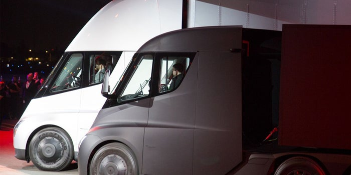 This Grocery Chain Is One of Tesla's First Semi Truck Buyers