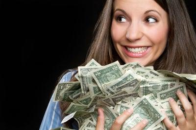 El dinero sí da la felicidad… comprobado