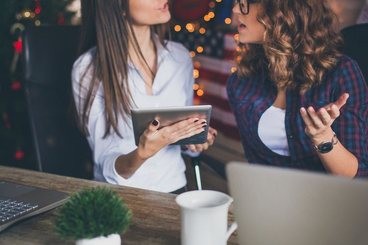 9 Ways to Market Your Small Business During the Holidays