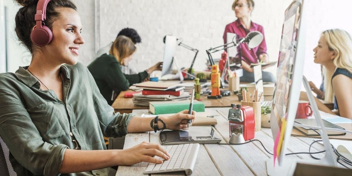 Here's Why Disruptive Businesses Thrive in Co-working Spaces