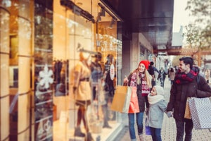 You Can Spend Less on Retargeting to Get More from Your Ad Budget This Holiday Season