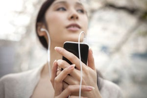 The 48 Best Podcasts for Entrepreneurs