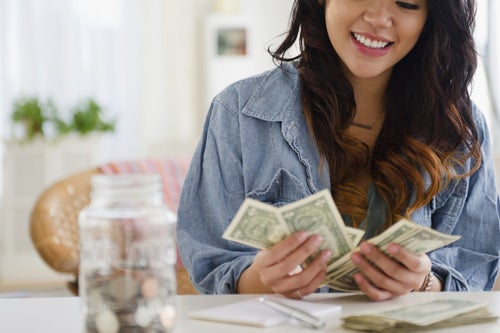 One Visualization Trick You Can Use to Stay Confident Even When You're Broke