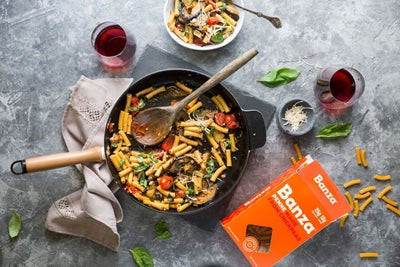 How This Meal Kit Company Fulfills Its Mission by Putting Other Compan...