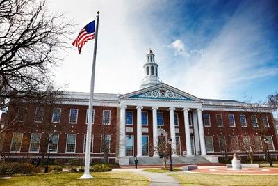 Conoce los cursos gratuitos de Harvard para este 2018
