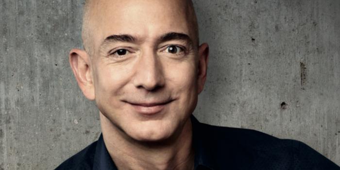 Es oficial: Jeff Bezos es la persona más rica de la historia