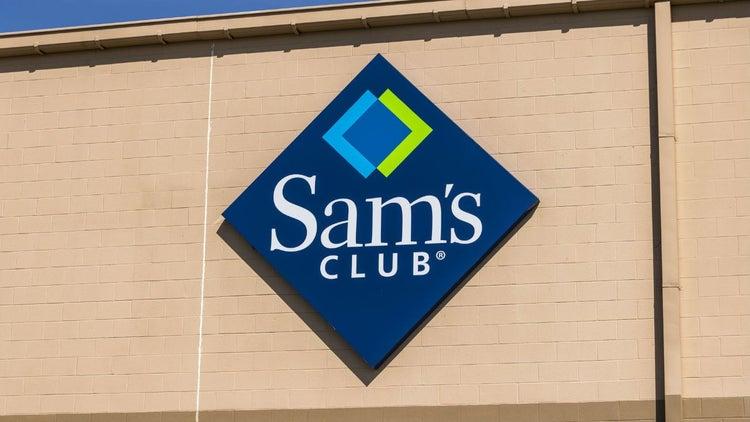 Walmart subirá salarios en EU, pero cerrará decenas de tiendas Sam's Club