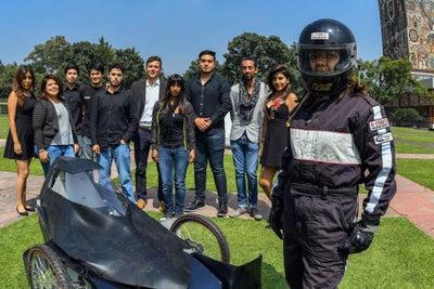 Estudiantes de la UNAM crean automóvil eléctrico