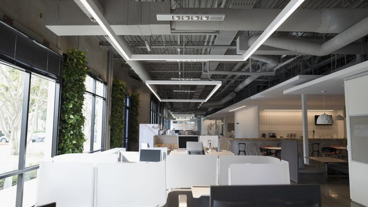 Why Big Corporations Are Moving Into Coworking Spaces