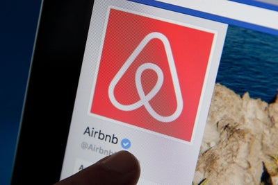 Airbnb Lets Users Pay Less Up Front
