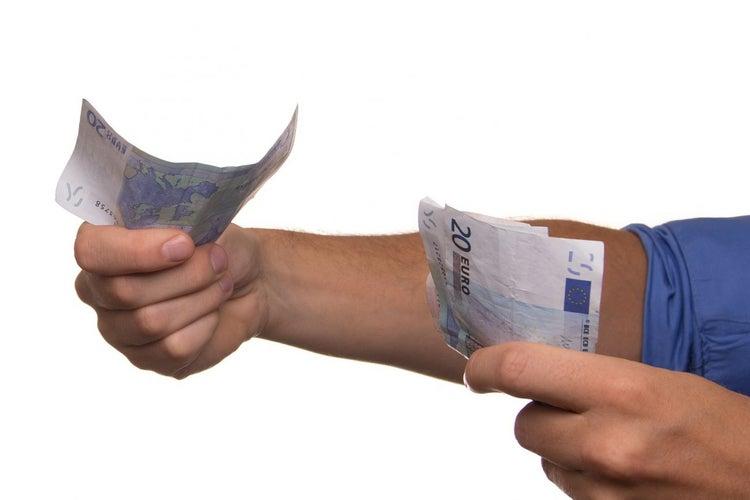 How do Lending Start-ups Catering to Millennials Ensure Credibility?