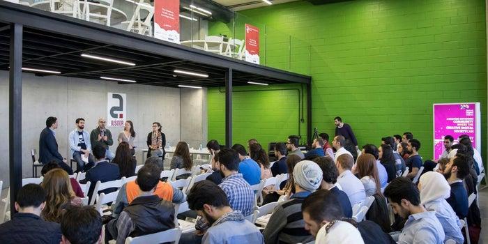 Syrian Entrepreneurs, Jusoor Entrepreneurship Program Is Looking For You