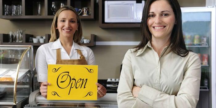 Estas son las razones por las que fracasan las emprendedoras de bajos recursos