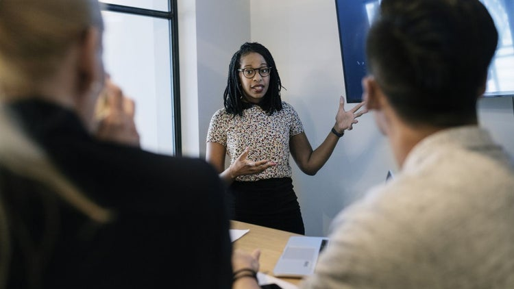 4 Things Women Entrepreneurs Need to Know Before Approaching Angel Investors and VCs