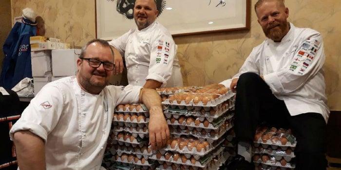 Un equipo recibe 15,000 huevos por no usar bien Google Translate