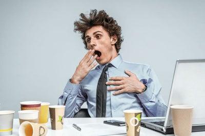 5 comportamientos que prácticamente garantizan que nunca te subirán de...