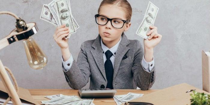 Cómo enseñar finanzas personales a tus hijos
