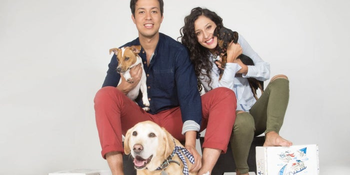 Los emprendedores que crearon la 'cajita feliz' para perros