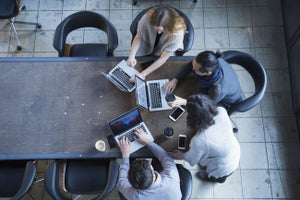 12 Reasons You Should Join an Accelerator to Advance Your Startup