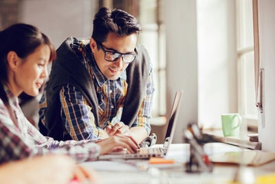 Every Bootstrapping Entrepreneur Can Afford These 3 Basics of a Succes...