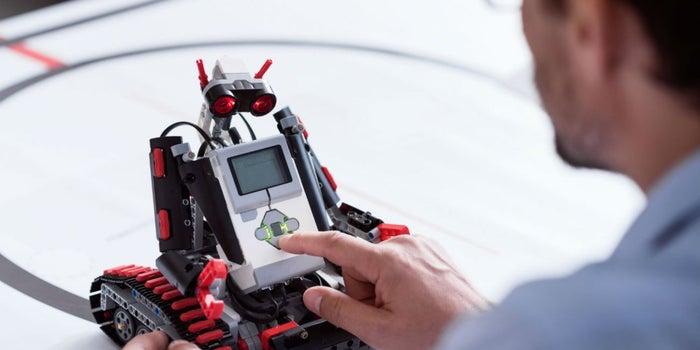 Ayuda a México a obtener un récord Guiness con robótica
