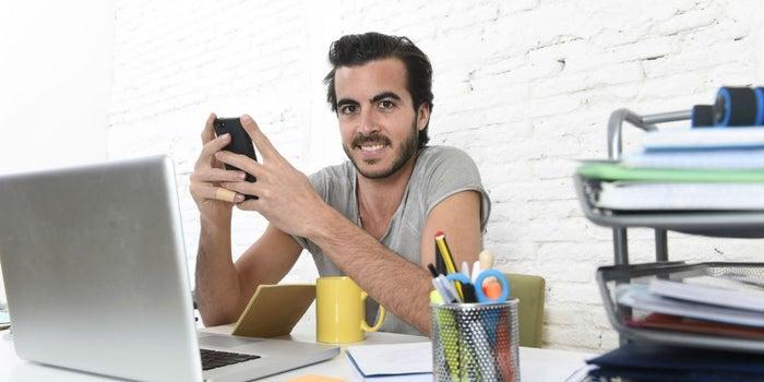 Tips para trabajar mientras emprendes