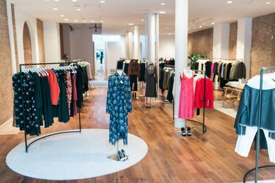 How a Women's Luxury Brand Went from Living Room to Showroom Success