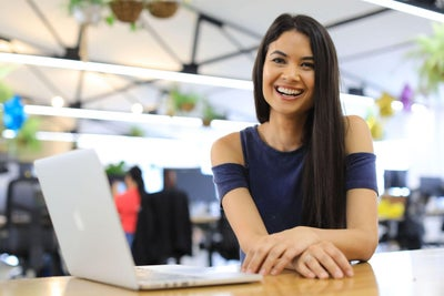 She Was Told 'No' 100 Times. Now This 30-Year-Old Female Founder Runs...