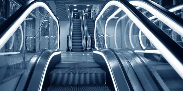 El sueño de la escalera eléctrica y lo que te enseña sobre cómo construir tu destino