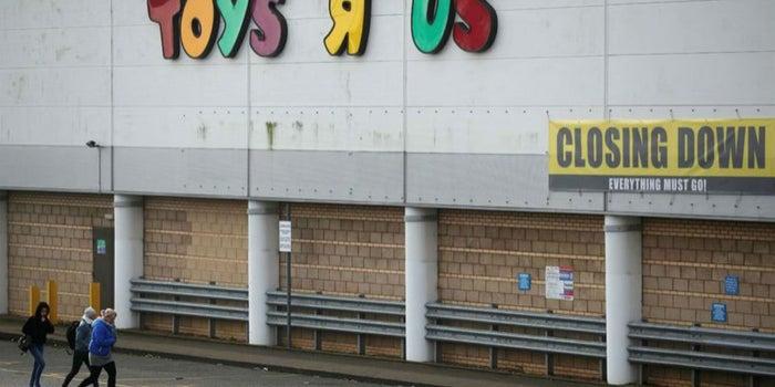 Toys 'R' Us cierra en Estados Unidos y deja 30,000 desempleados