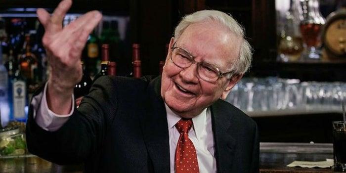 El magnate Warren Buffet oferta 1 mdd al año de por vida a un empleado