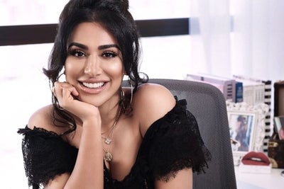 Why Beauty Hack Guru Huda Kattan Turned Down a $185,000 Instagram Spon...