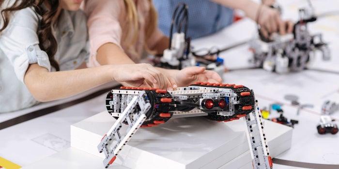 La mayor competencia de robótica para niños en Latinoamérica comienza este sábado